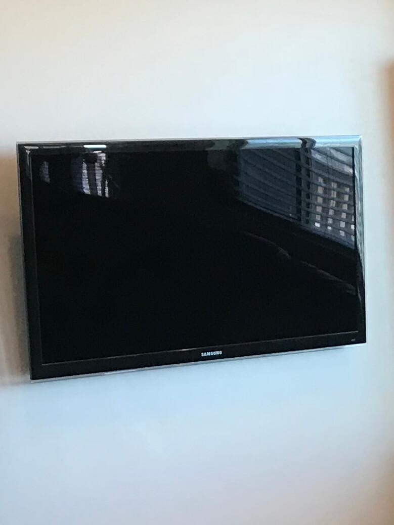 TV Wall Mount Installation Service Handyman